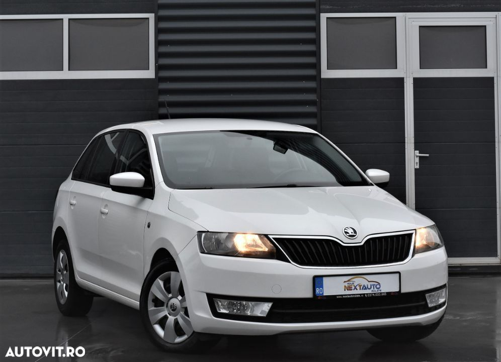 Skoda RAPID Spaceback - 16