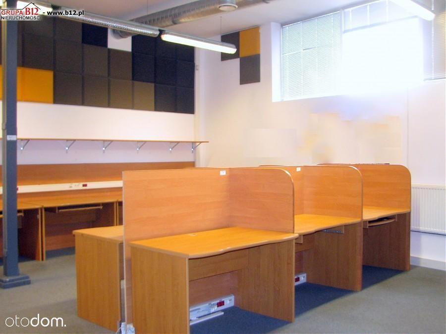 Przestrzeń biurowa Open Space / Centrum/
