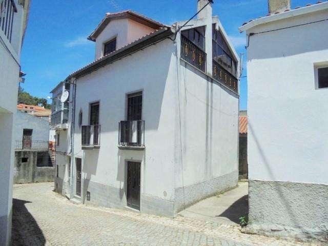 Moradia para comprar, Telhado, Castelo Branco - Foto 1