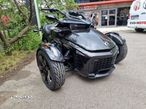 Can-Am Spyder - 2