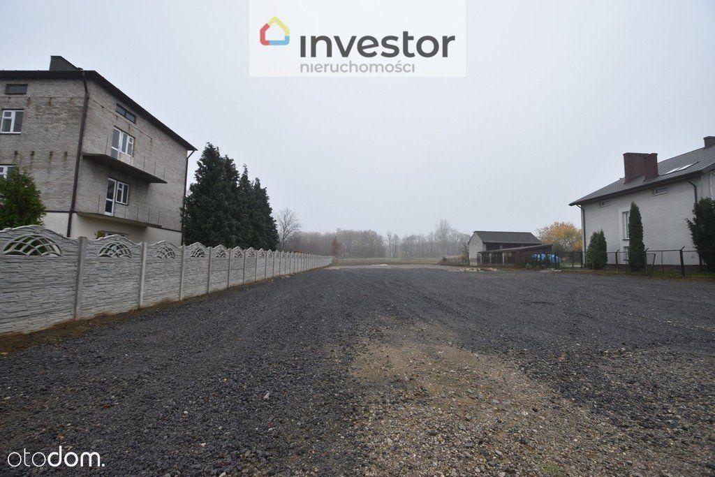 Działka inwestycyjna przy głównej drodze