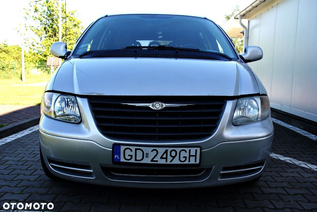 Chrysler Town & Country 3.3 Benzyna+Gaz 7 Osób - 5