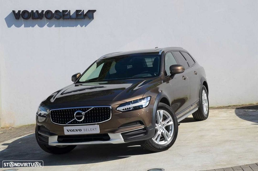 Volvo V90 Cross Country 2.0 D4 AWD Geartronic - 1