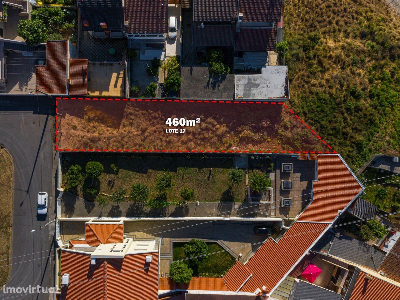 Gondomar | Terreno para construção com 460m2