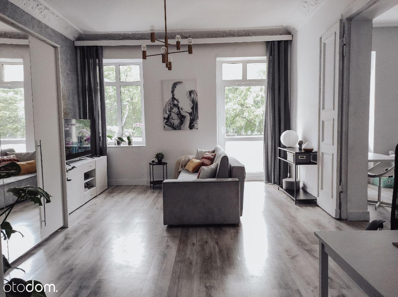 Mieszkanie 3 pokojowe w kamienicy - 99,7 m2.