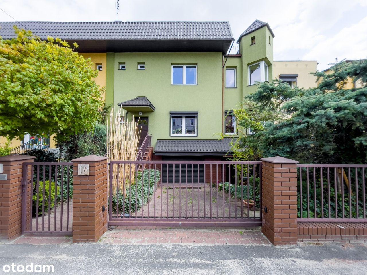 Dom, 196,40 m², Poznań