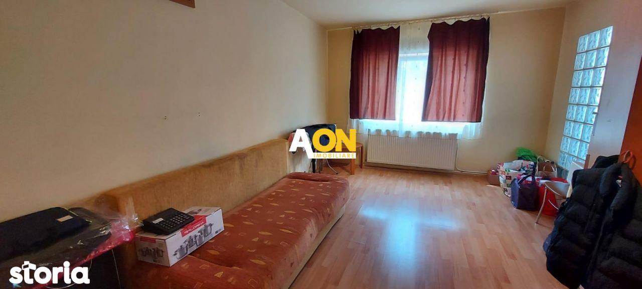 Apartament 3 camere, etaj 1, zona Tolstoi