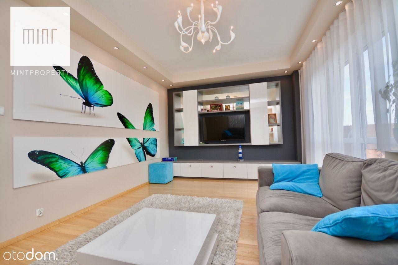 Czteropokojowy apartament przy ulicy Architektów -