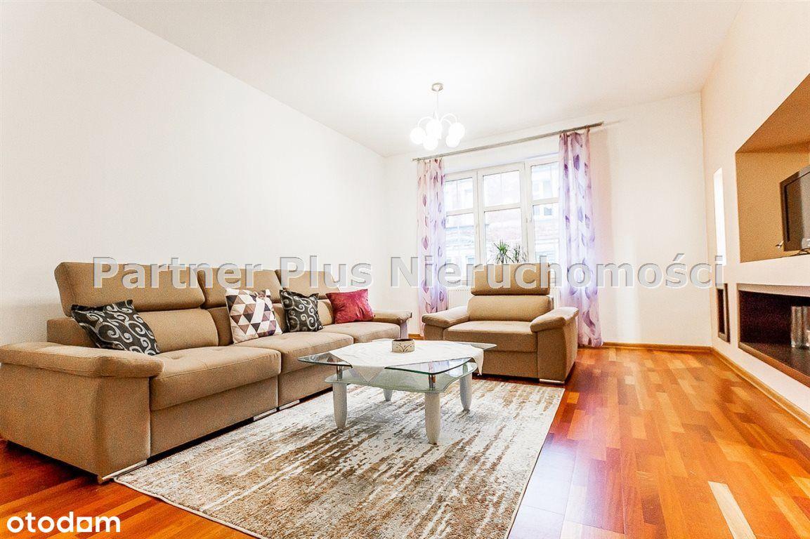 Dwupokojowe mieszkanie przy Bazylice