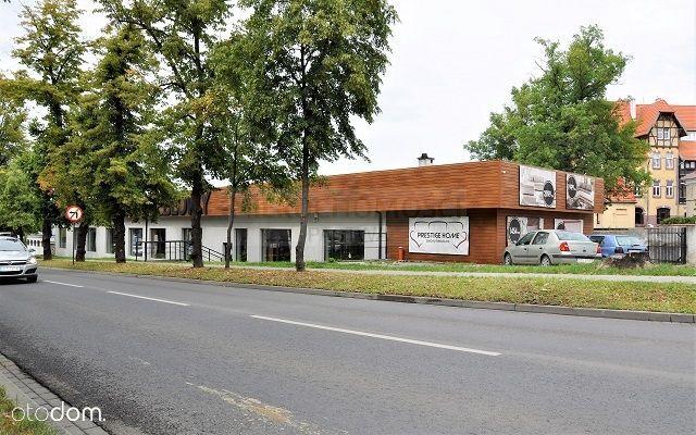 Do sprzedania budynek handlowo-usługowy w centrum!