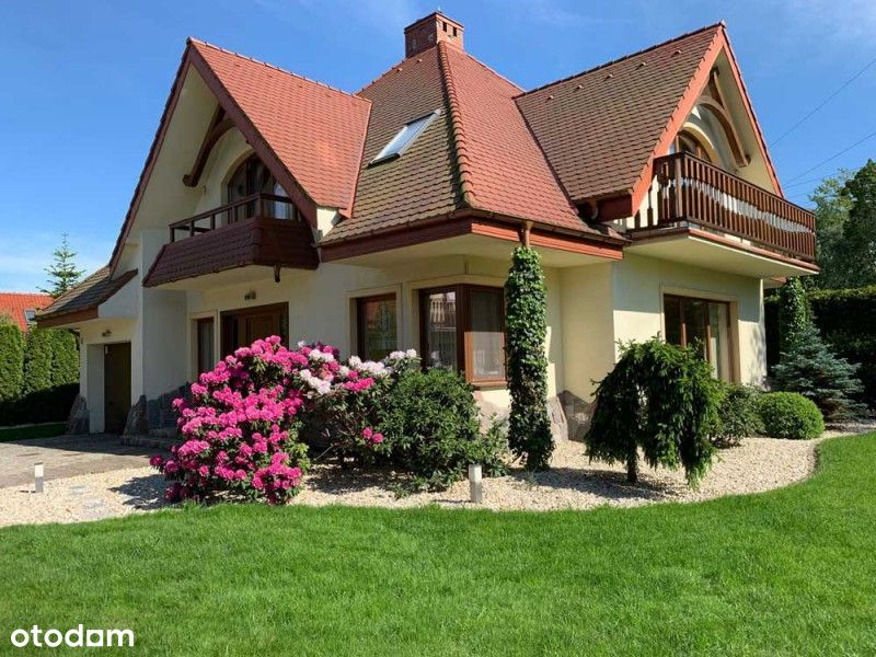 Piękny, nowoczesny dom na sprzedaż
