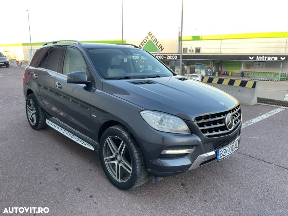 Mercedes-Benz ML 350 - 13