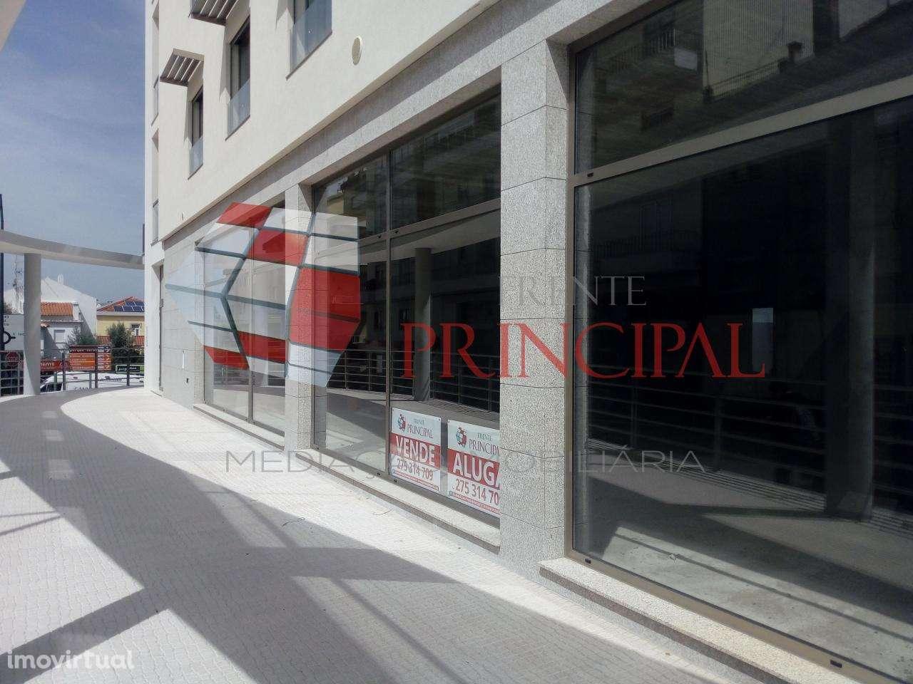 Loja para comprar, Fundão, Valverde, Donas, Aldeia de Joanes e Aldeia Nova do Cabo, Fundão, Castelo Branco - Foto 2