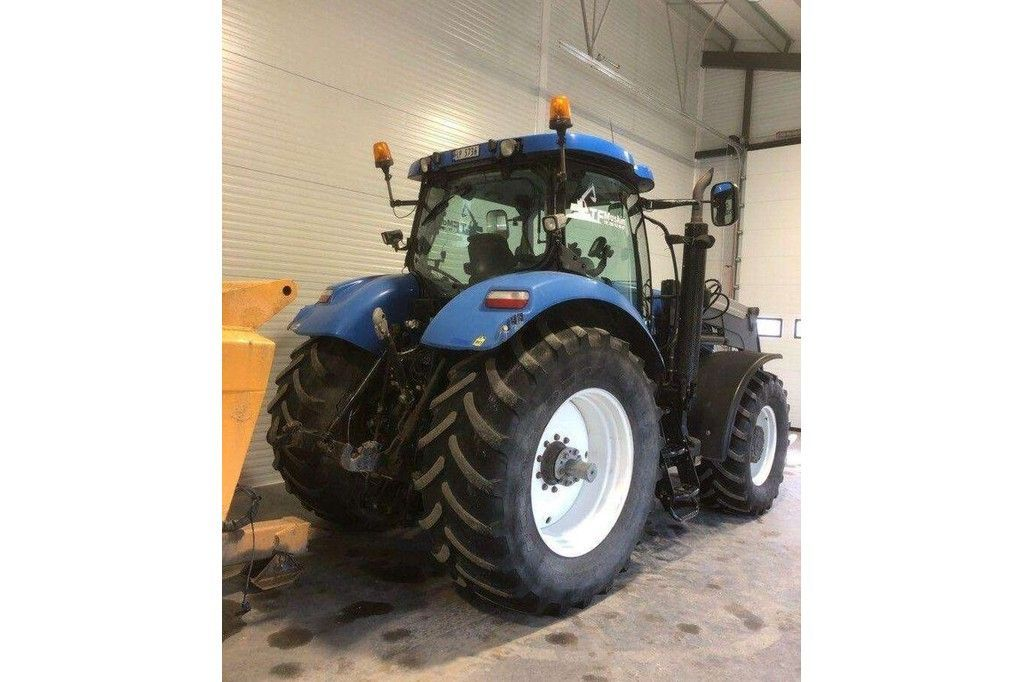 New Holland T7040  New Holland T7040 - 4