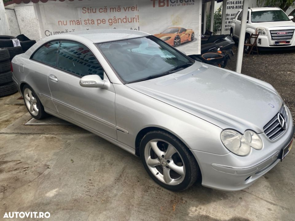Mercedes-Benz CLK - 10