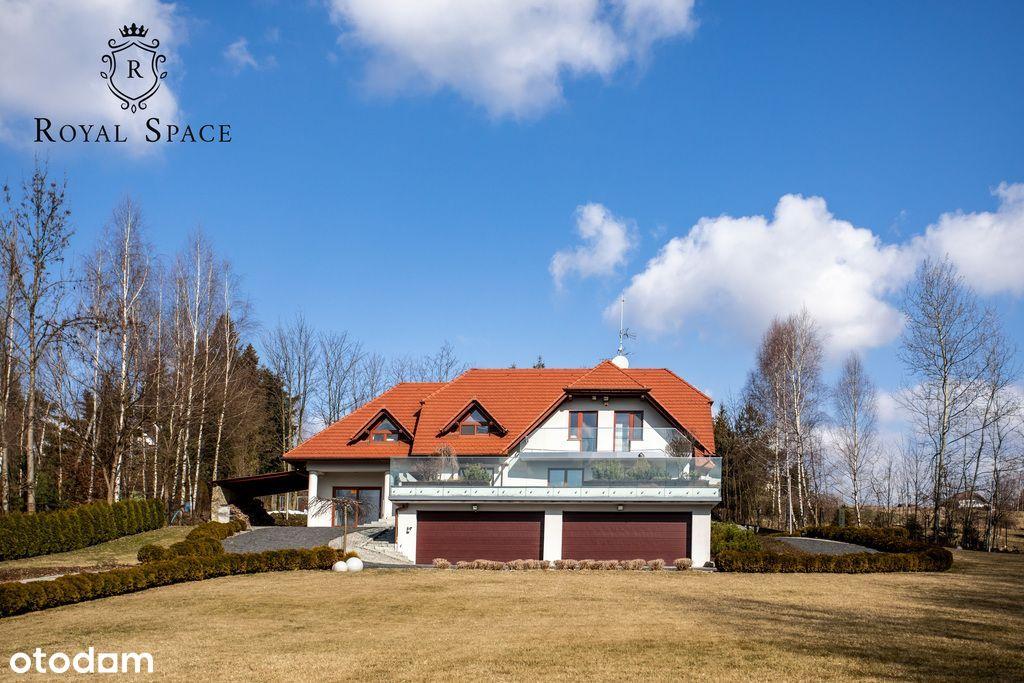 Wyjątkowy dom na dużej działce z widokiem na góry