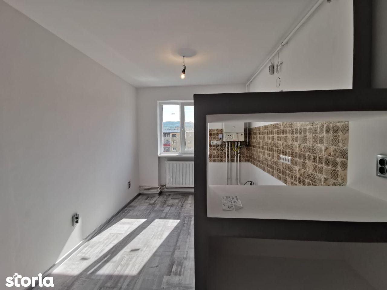 Apartament 2 camere semidecomandat, zona Gojdu, etaj 4, 46mp