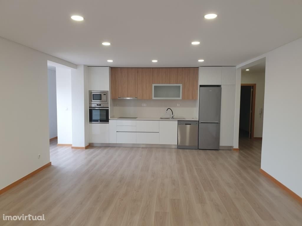 Apartamento T3 renovado na Papanata - Viana do Castelo