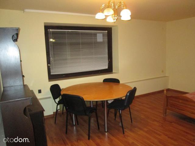 Mieszkanie W Domu Jednorodzinnym Parter / Zamieszk