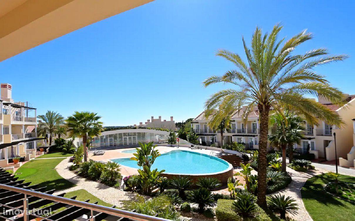 VILAMOURA - Moradia T3 em Condomínio com piscina