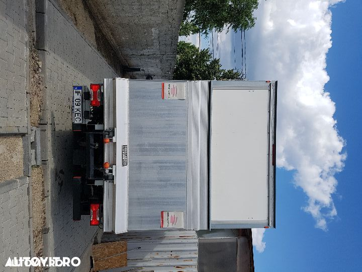 Iveco daily  cu lift - 4