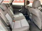 Ford Mondeo 1.8 - 9