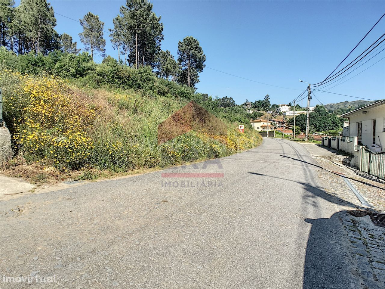 Terreno para construção com 4.470 m2 em Antime