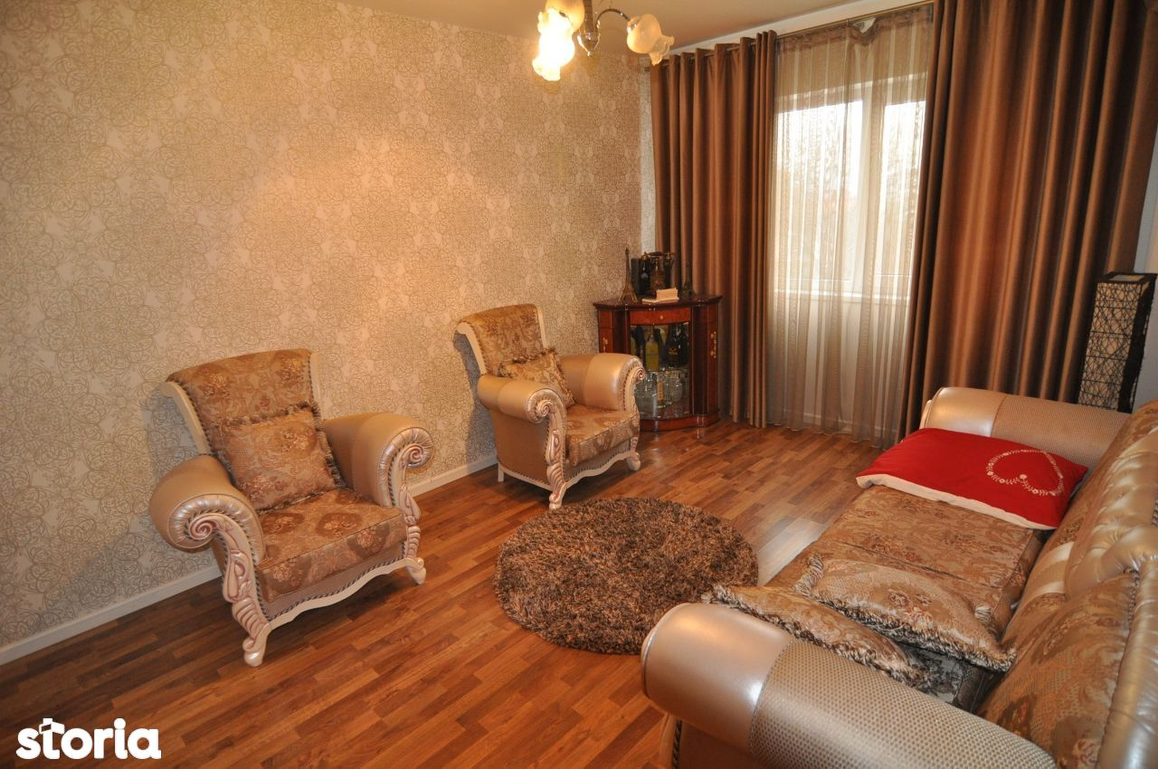 Apartament 3 camere+loc parcare+boxa,complex rezidential,zona Tatarasi