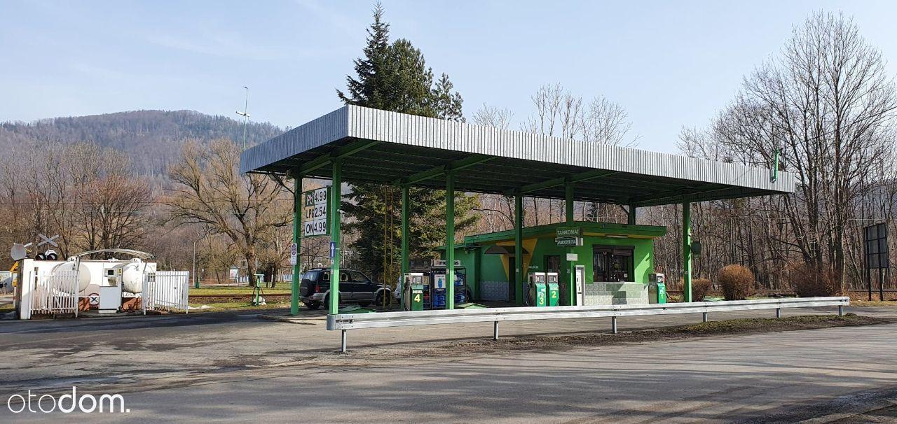 Czynna stacja paliw na sprzedaż w Ustroniu.