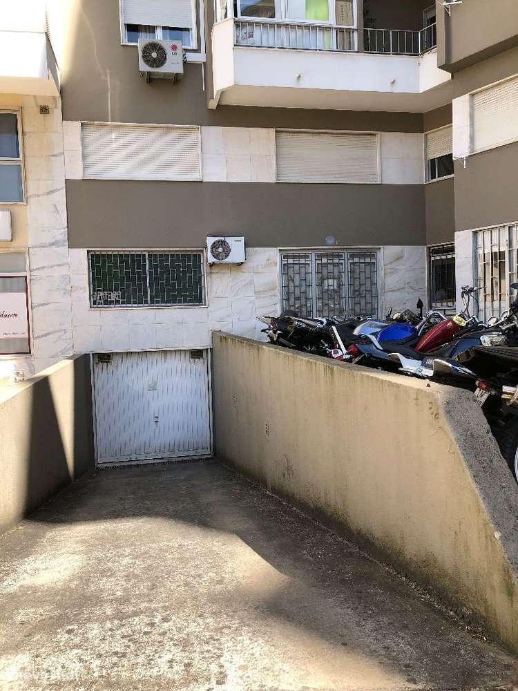 Garagem para arrendar, Encosta do Sol, Lisboa - Foto 2