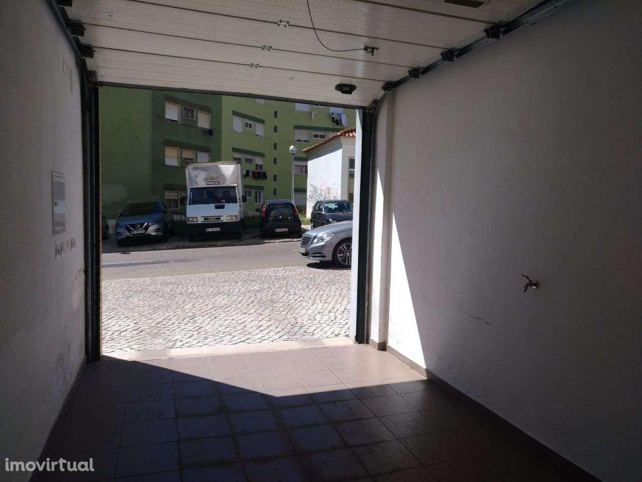 Garagem para comprar, Agualva e Mira-Sintra, Lisboa - Foto 4
