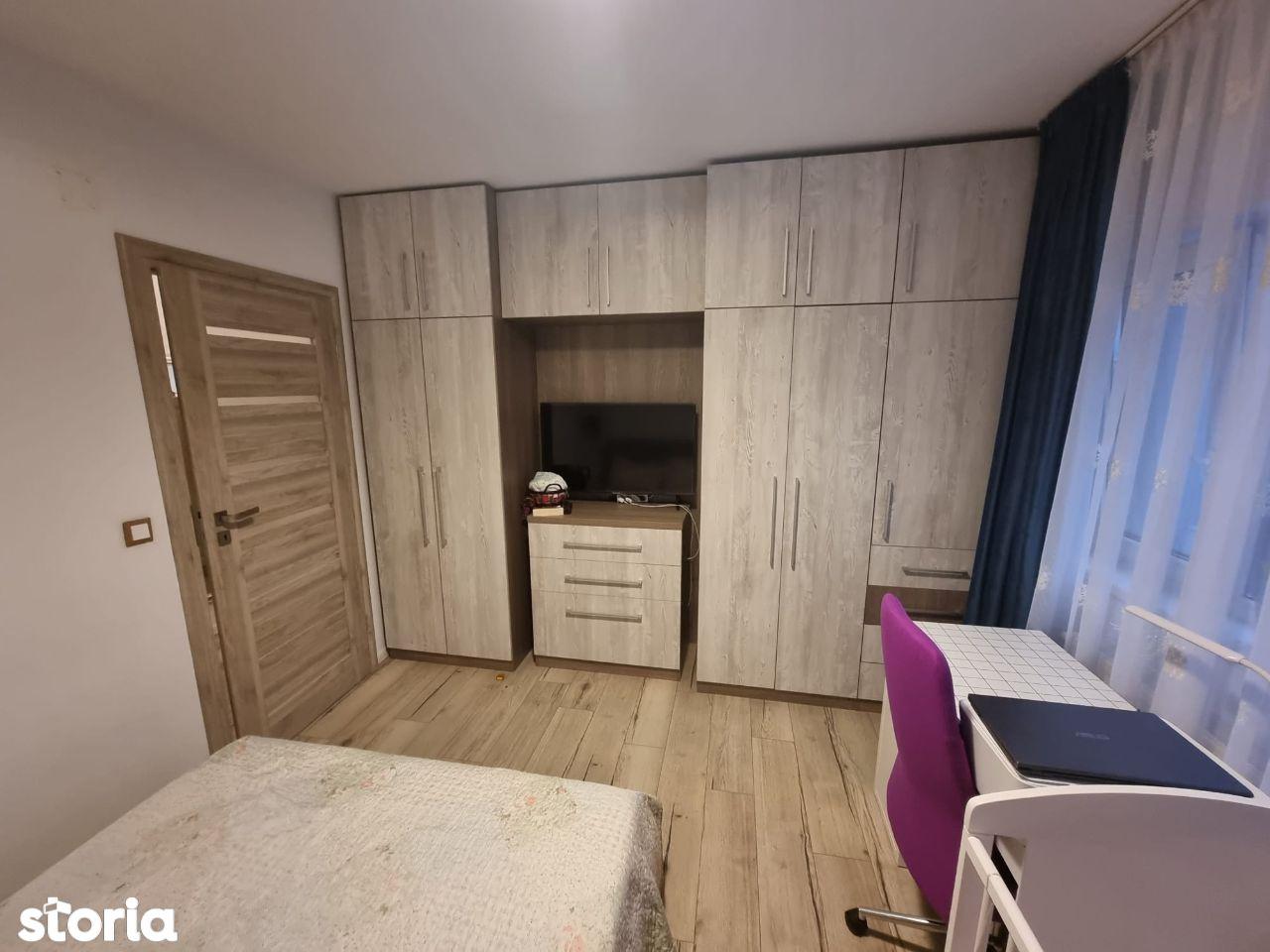Apartament cu 3 camere de vanzare in cartierul Borhanci