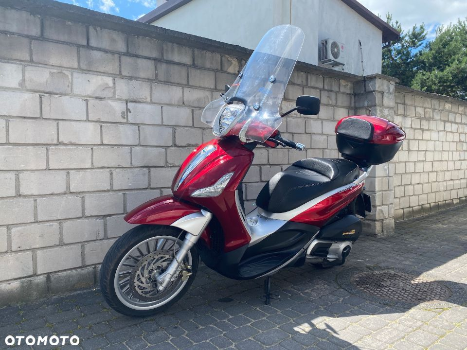 Piaggio Beverly 300/125 ie Antares Red - 1