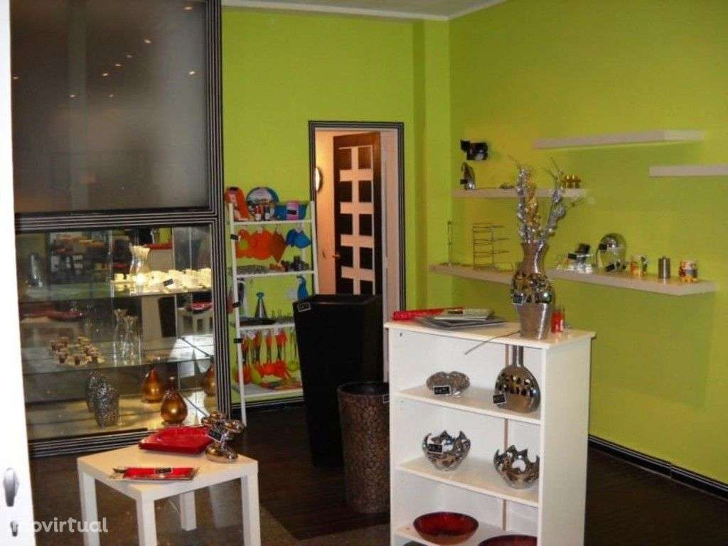 Loja para comprar, Braga (São José de São Lázaro e São João do Souto), Braga - Foto 2