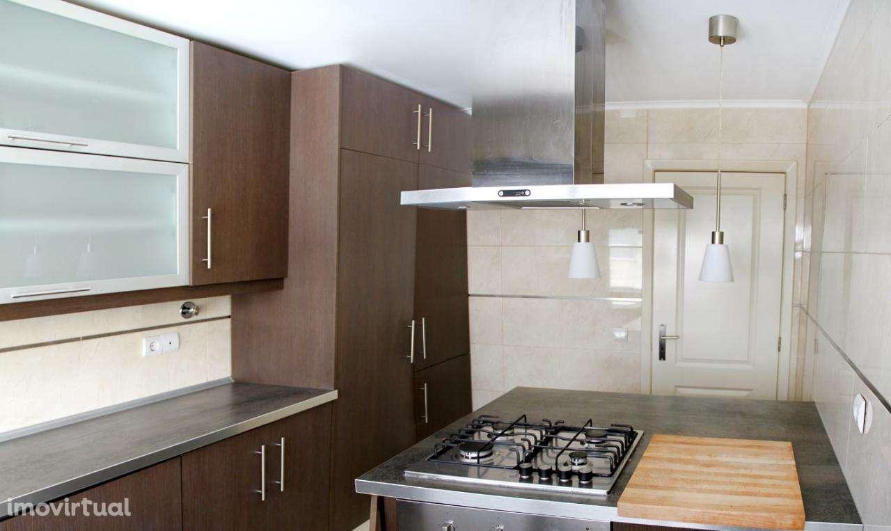 Apartamento para comprar, Alverca do Ribatejo e Sobralinho, Lisboa - Foto 3