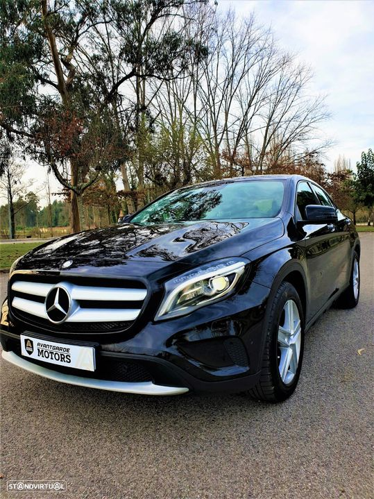 Mercedes-Benz GLA 220 CDi Urban - 1