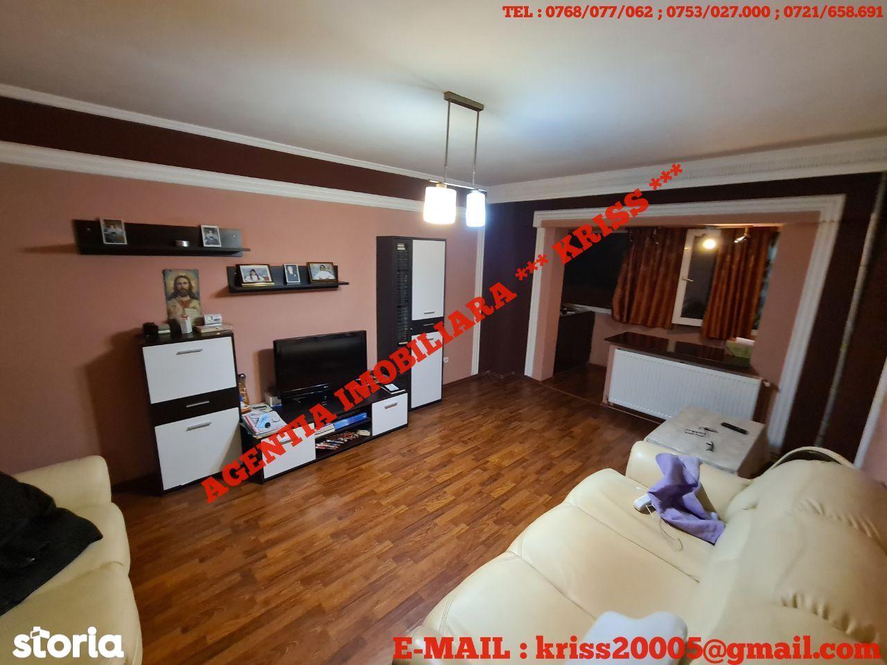 APARTAMENT 3 Camere PRUNDU DEPOU Confort 1 Decomandat Etaj 2/4 Mobilat