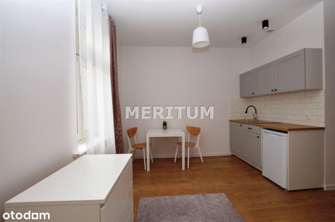 Dwupokojowe mieszkanie po kapitalnym remoncie