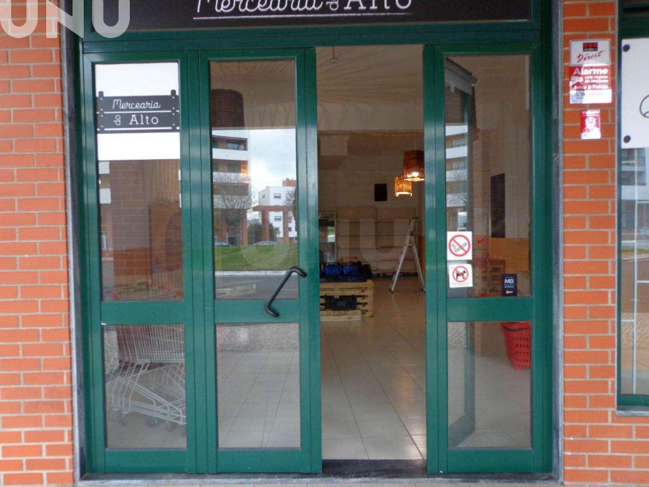 Loja para arrendar, Algés, Linda-a-Velha e Cruz Quebrada-Dafundo, Lisboa - Foto 2