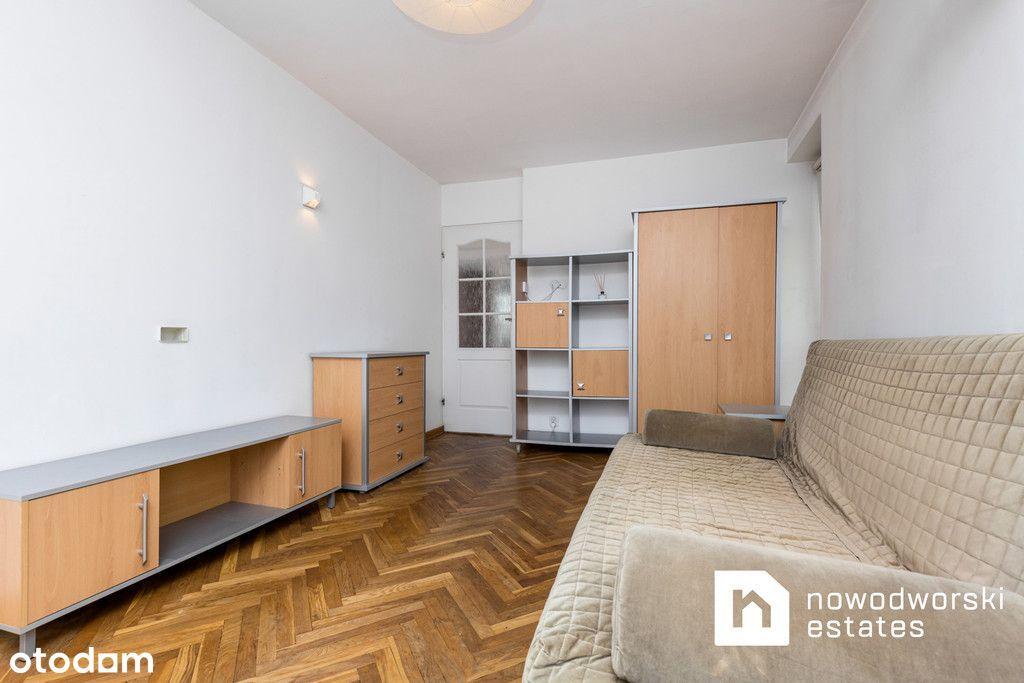 Komfortowe mieszkanie przy Placu Dąbrowskiego