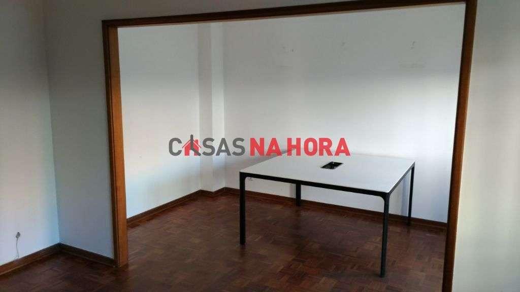 Escritório para arrendar, Coimbra (Sé Nova, Santa Cruz, Almedina e São Bartolomeu), Coimbra - Foto 6