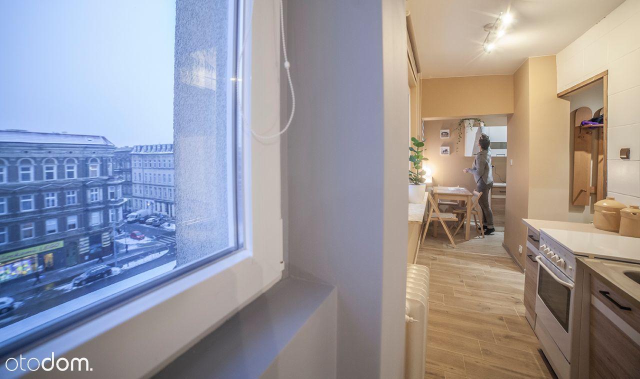 Przytulne i słoneczne mieszkanie w ścisłym centrum
