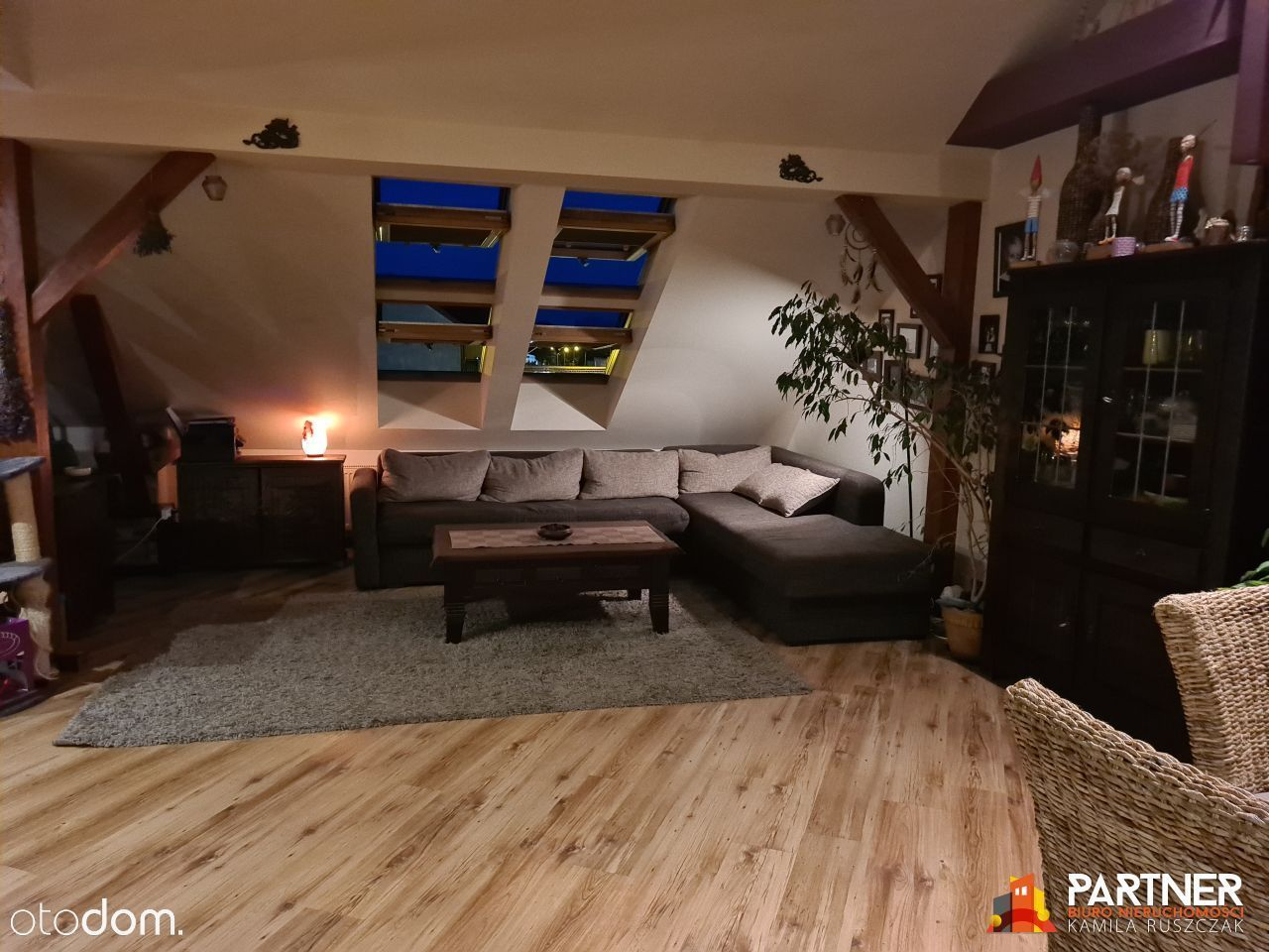 Klimatyczne przestronne mieszkanie 90 m2 / 63 m2