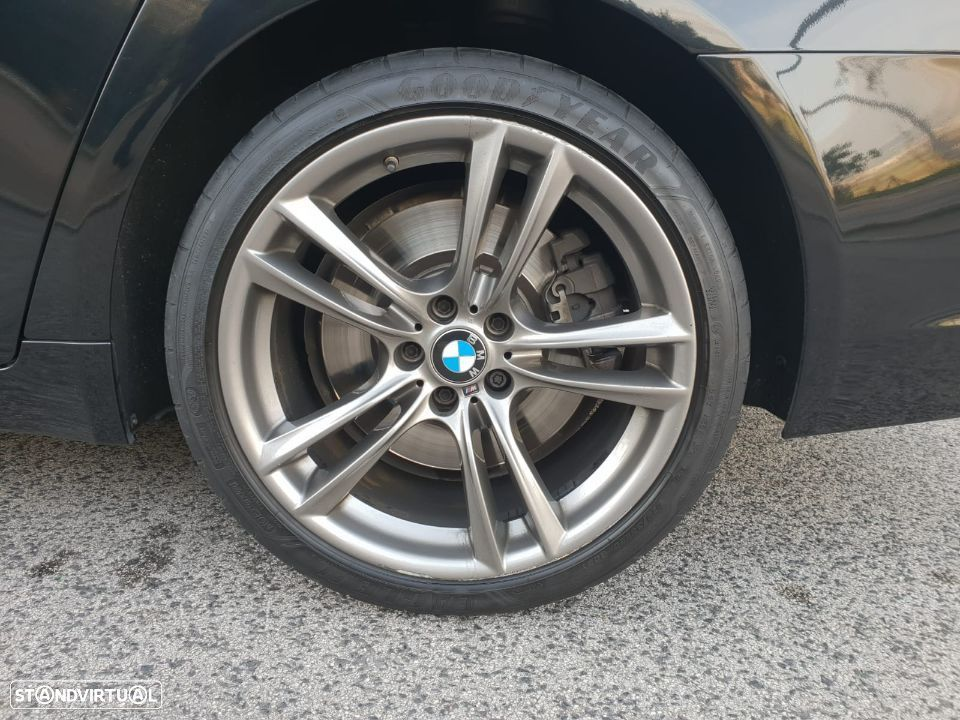 BMW 750 d xdrive PACK M - 37