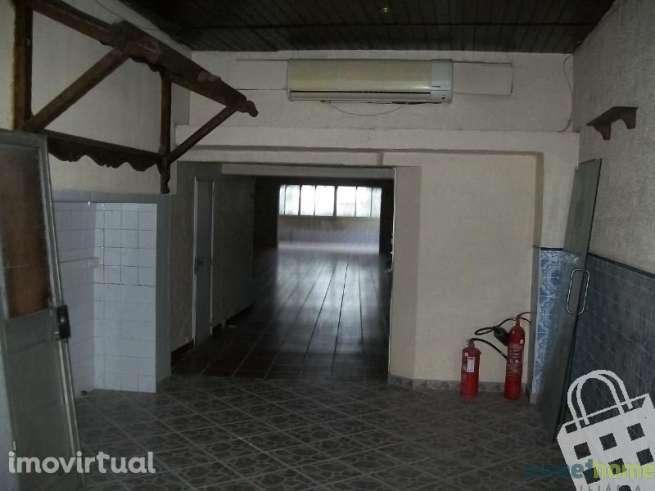Loja para arrendar, Castanheira do Ribatejo e Cachoeiras, Vila Franca de Xira, Lisboa - Foto 1