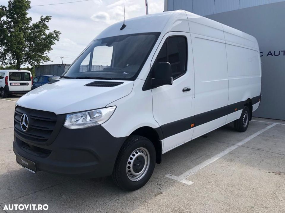 Mercedes-Benz Sprinter - 5