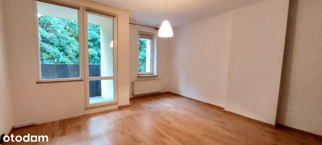 Sprzedam ładne mieszkanie 37m2 w odnowionym bloku.