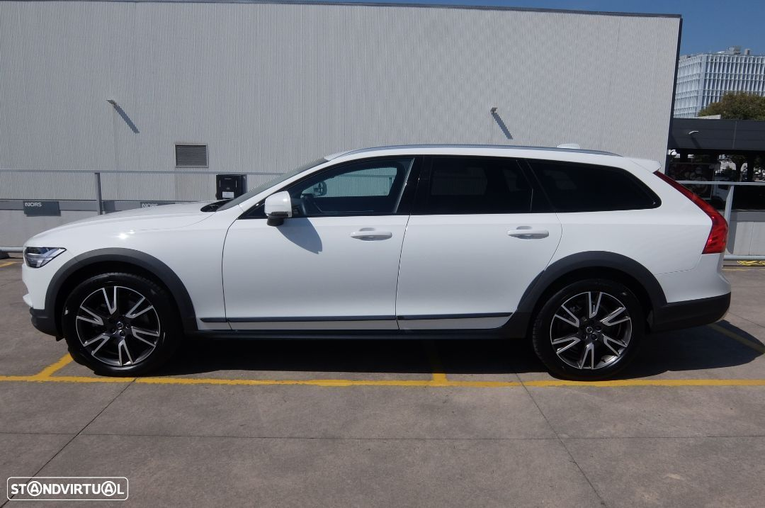 Volvo V90 Cross Country 2.0 D4 AWD Geartronic - 2