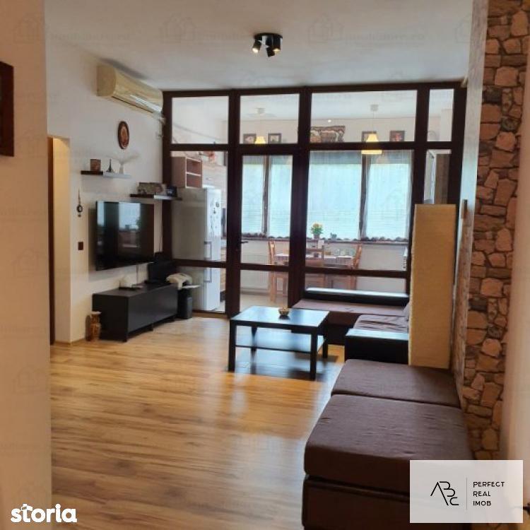 Inchiriere apartament  3 camere Sisesti