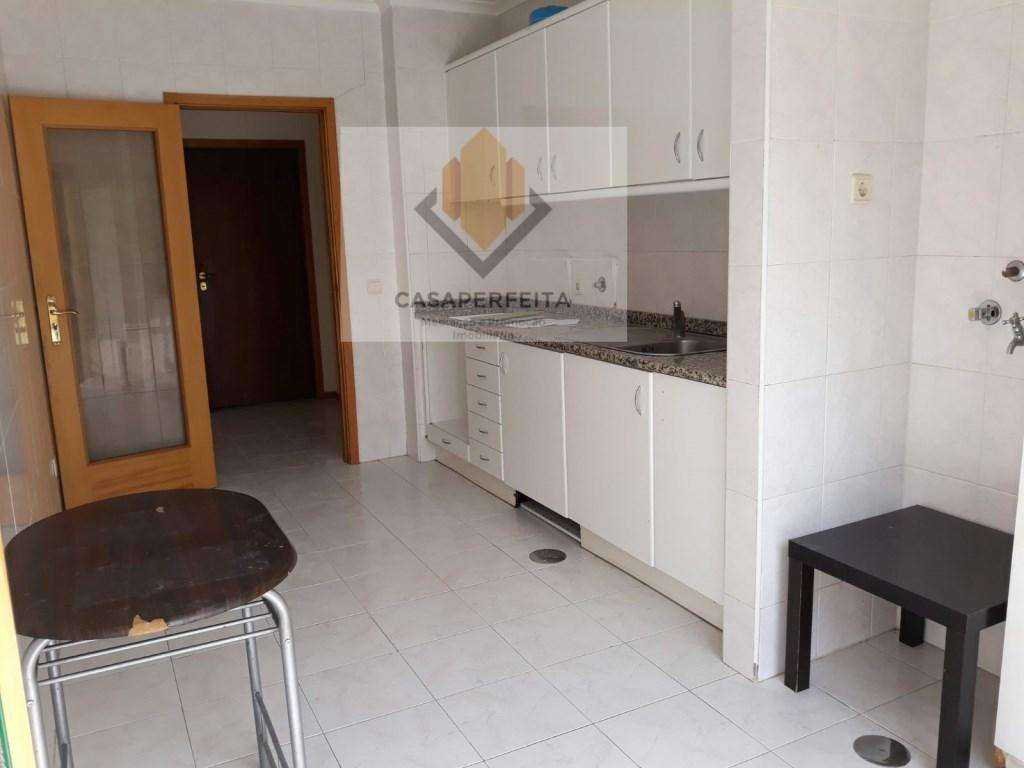 Apartamento para comprar, Oliveira do Douro, Vila Nova de Gaia, Porto - Foto 3